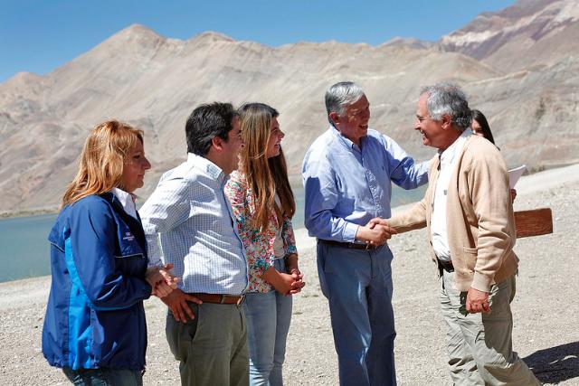 Regantes de Atacama reciben bonificaciones post aluviones