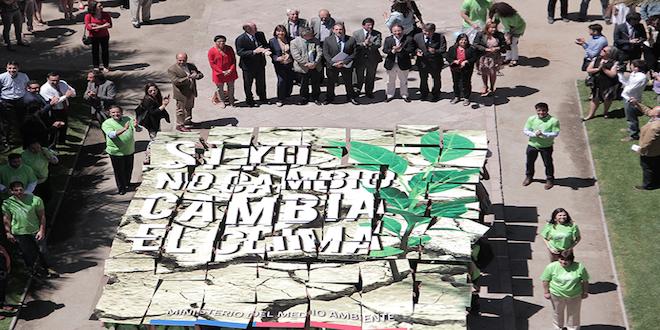 Autoridad se reúne con Bancada Climática previo a la COP21