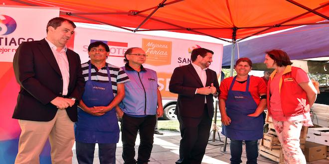 Programa busca modernizar ferias libres de Santiago