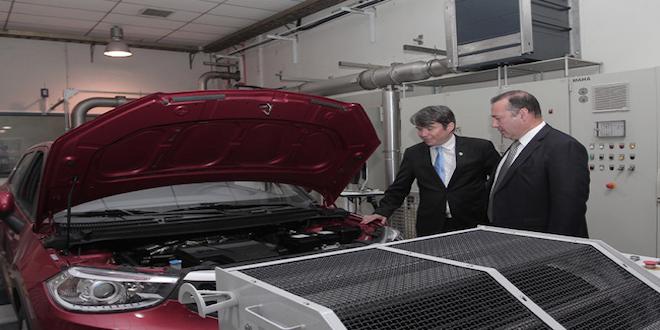 Suben impuestos verdes para vehículos más contaminantes