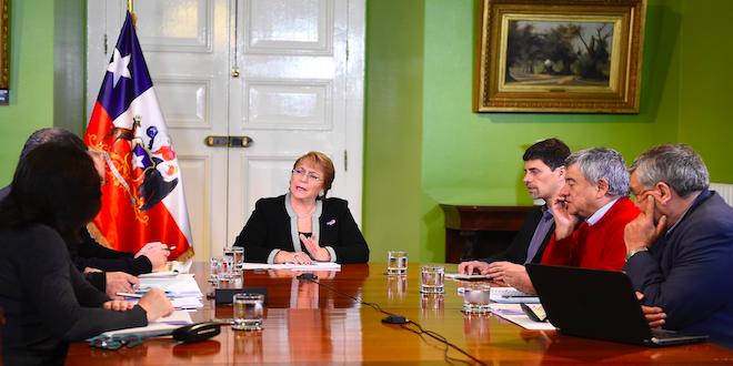 Presidenta Bachelet recibe informe sobre crisis en Chiloé