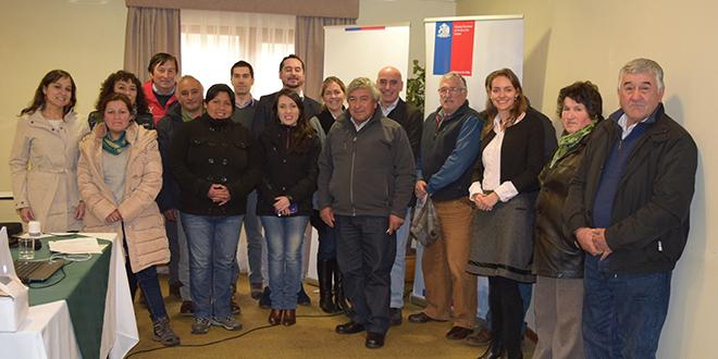 Queseros de Los Ríos aprenden sobre Cambio Climático y Producción Limpia