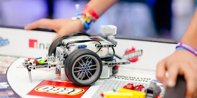 Organizan competencia regional de robots hechos con Lego