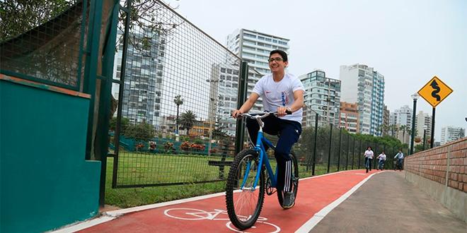 MOP abre la puerta para construir más de 1000 km de ciclovías en Santiago