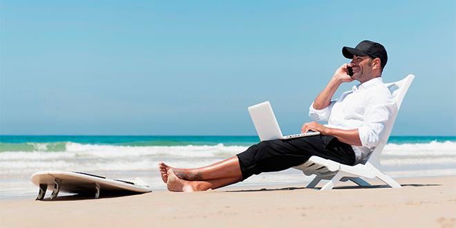 7 claves para no amarrarnos al trabajo en vacaciones
