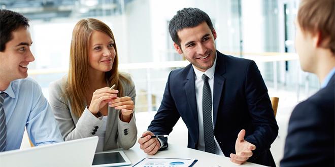 Profesionales pueden ganar hasta un 50% más de sueldo con un postgrado