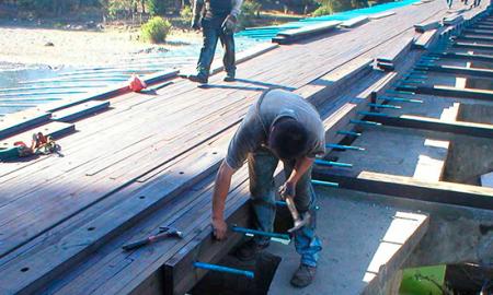 Científicos trabajan para construir puentes de madera más resistentes