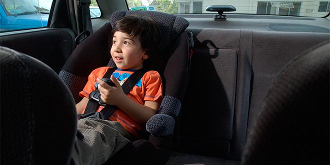 Comienza uso obligatorio de sistema de retención infantil para menores de 9 años
