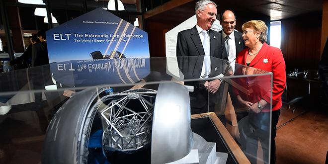 Instalan primera piedra del mayor telescopio óptico infrarrojo del mundo