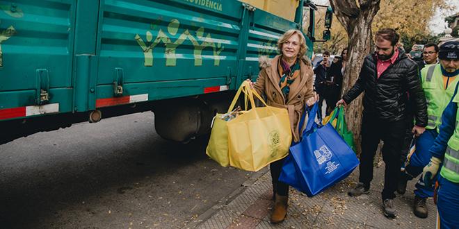 Providencia lanza nuevo plan ambiental que contempla reciclaje en origen