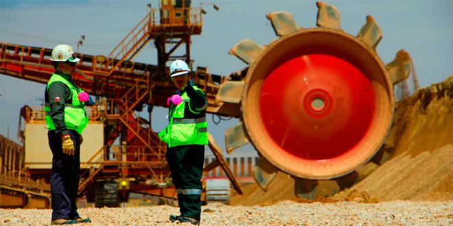 Al 2027 se necesitarán 29.300 nuevos trabajadores en la Gran Minería Chilena