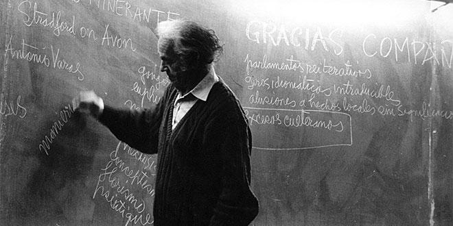 Chile pierde al gran antipoeta Nicanor Parra