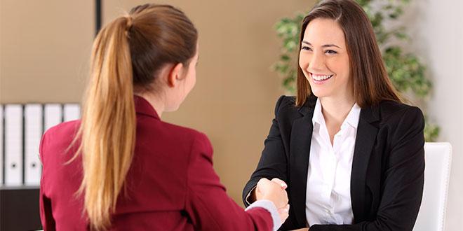 Siete de cada diez seguros en 2017 fueron contratados por mujeres