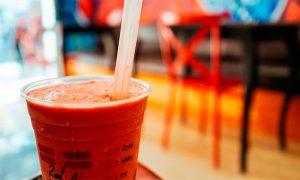 5 formas en que el Reino Unido lidera la guerra contra el plástico