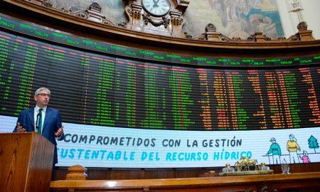 Aguas Andinas se convierte en el primer emisor de bonos verdes y sociales en mercado chileno