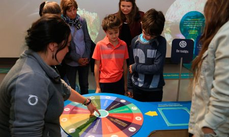 Celebran Mes del Mar con exposición interactiva sobre peces y océanos