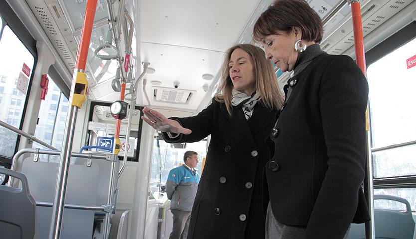 Cerca de 200 buses eléctricos se incorporarán este año al transporte público