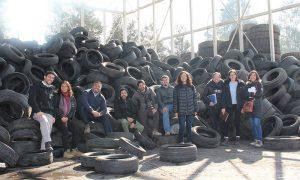 Neumáticos usados podrían servir para elaborar tejas y aislantes para viviendas