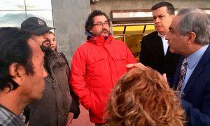 Parlamentarios apoyan a trabajadores despedidos de Maersk en San Antonio