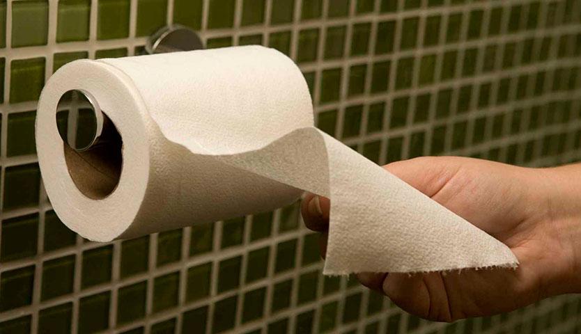 Comienza el esperado pago del papel higiénico