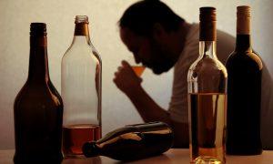 Prueban con éxito spray nasal que podría combatir el alcoholismo