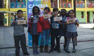 200 escuelas y liceos de Chile recibirán luminarias LED