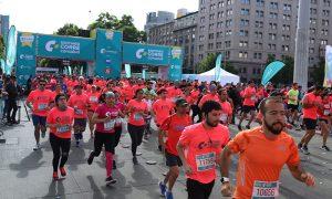 Club de entrenamiento deportivo beneficia a pacientes con cáncer