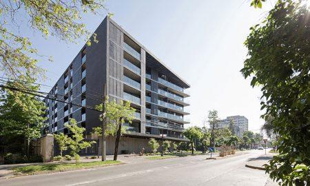Edificio con fachada de material reciclado recibe Premio Aporte Urbano